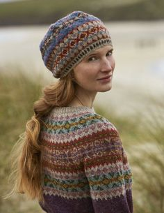 SHETLAND is a collection of 12 Fair Isle handknit designs for women by Marie Wallin using Jamieson's of Shetland Spindrift Punto Fair Isle, Motif Fair Isle, Fair Isle Pattern, Fair Isle Knitting Patterns, Knit Patterns, Stitch Patterns, Knit Crochet, Crochet Hats, Crochet Granny
