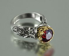 The ENCHANTED PRINCESS 14k gold engagement ring with por WingedLion, $1530.00