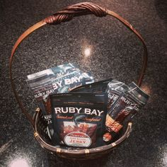 How to make a simple Easter basket with Salmon Jerky Smoked Salmon, Easter Baskets, Make It Simple, How To Make, Gourmet