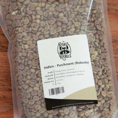 Raw coffee to roast yourself: Colombia, Maytama Castillo, Villa Clemencia Estate. Balanced estate coffee with a pronounced sweetness and fruity, berr… Arabica, Tropical Fruits, Coffee Roasting, Coffee Drinks, Blackberry, Cards Against Humanity, Colombia, Castles, Apple