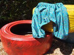Pantalón bombacho de raso. P001. 17€