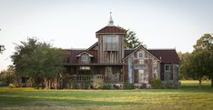 Rustic Farmhouse Decor, Vintage Farmhouse, Modern Farmhouse, Farmhouse Style, White Farmhouse, Rustic Outdoor, Farmhouse Ideas, Rustic Chic, Farmhouse Rules