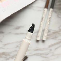 PerfectBrow ™ Wasserdichter Microblading-Stift - Makeup Tips For Older Women Sparse Eyebrows, Thin Eyebrows, How To Draw Eyebrows, Natural Eyebrows, Natural Makeup, Eyebrow Stain, Eyebrow Pencil, Eyebrow Makeup, Dark