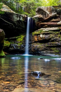 The Ultimate Bucket List For Kentucky Waterfall Hikes Weekend Trips, Vacation Trips, Vacation Spots, Day Trips, Vacations, Kentucky Hiking, Kentucky Vacation, Ohio Hiking, Kentucky Attractions