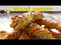 Syrové twistery - Var a peč s Martinkou - YouTube Meat, Chicken, Youtube, Food, Essen, Meals, Youtubers, Yemek, Youtube Movies
