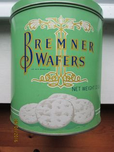 BREMNER WAFERS GREEN Older Vintage Antique Large Tin Chicago Illinois Nice