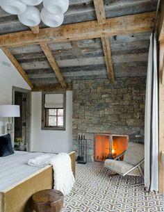 45 Inspiring Rustic Bedroom Design Ideas : 45 Cozy Rustic Bedroom Design Ideas With White Bed Black Pillow Glass Nightstand Lamp Fireplace Chair Window Curtain Chandelier Carpet Wooden Beams Door