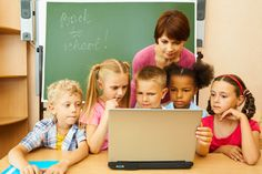 How to Handle Technology in Your Child's Classroom #SocialMedia #ParentalIntelligence