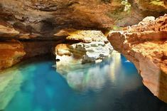Adventurous Travels: Exploring The Caves of Chapada Diamantina National Park in Brazil Best Countries To Visit, Cool Countries, Table Mountain, Adventure Travel, Beautiful Places, National Parks, Caves, Explore, Beaches
