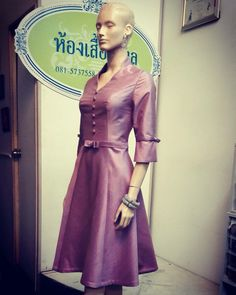Thai silk design fashion. Limited Edition. Detail IG : kong1980 and detailoflove Call :+66 815737558 #ดีเทล #detail #ผ้าไหมไทย #thaisilk #korat #โคราช #ผ้าไหม #Silk #fashionable #dressworld #wedding #designer #eveninggown #thailand #thaidesigner #s