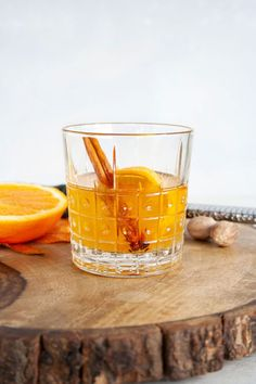A fall bourbon cocktail that uses apple jam for a spiced and fruity version of an Old Fashioned. Easy Drink Recipes, Drinks Alcohol Recipes, Apple Recipes, Fall Recipes, Holiday Recipes, Whiskey Recipes, Bourbon Cocktails, Classic Cocktails, Cocktail Drinks