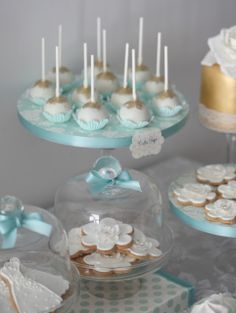 Cupcake: Gold and Tiffany blue sweet table
