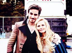Colin and Jen posed together while filming the finale.