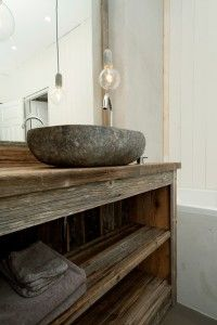 Bad | drivved.no Floating Sink, Rest House, Japanese Modern, Mountain Modern, Rustic Charm, Bathroom Inspiration, Traditional Design, Double Vanity, Entryway