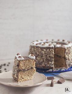 CHIFFON CAKE AL CAFFÈ CON CREMA AL CIOCCOLATO E BAILEYS E NUTELLA