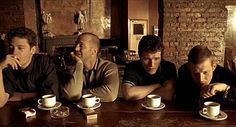 Lock stock and two smoking barrels - Guy Ritchie