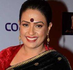 Bollywood Actress Hot Photos, Indian Bollywood Actress, Indian Actresses, Indian Face, Mom Daughter, Husband, Casual Saree, Indian Beauty Saree, India Beauty
