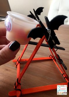 Catapult - Halloween / October STEM Challenges! Students will love these crafty science activities!