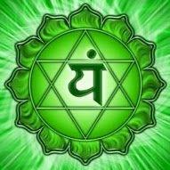 Anahata (heart) chakra ~ means unHurt. How many people's hearts hurt in grief? Healing Meditation, Chakra Healing, Reiki, Chakra Du Plexus Solaire, Repressed Memory, Anahata Chakra, Les Chakras, Yoga Pictures, Spiritual Power