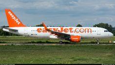G-EZWI easyJet Airbus A320-214(WL)