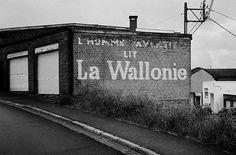 #WALLONIE by Sascha Faber #Photocircle #nofilter #bw #blackandwhite #monochrome #streetphotography from #Belgium #analoguephotography  #urban #Seraing #wallart #artprints #homecedor #decoration #socent #dogood