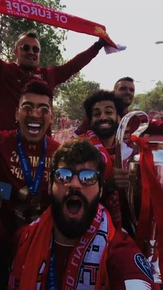 image Ynwa Liverpool, Liverpool Players, Liverpool Fans, Liverpool Football Club, Liverpool Fc Wallpaper, Liverpool Wallpapers, Mohamed Salah Liverpool, Liverpool Champions League, This Is Anfield