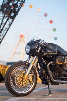 In recent times it has become all too common a cliché to call a custom motorcycle of a certain quality, a rolling piece of art. Moto Guzzi Motorcycles, Cool Motorcycles, Brat Cafe, Vintage Racing, Pink Floyd, Custom Bikes, Le Mans, Ducati, Custom Motorcycles