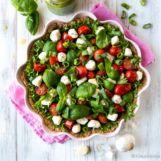 Kevennetty vanilja-mansikkakakku | Reseptit | Kinuskikissa Sprouts, Vegetables, Food, Essen, Vegetable Recipes, Meals, Yemek, Veggies, Eten