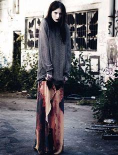 dark-grunge-heroin chic   from the underground to the mainstream...
