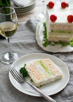 Receta Sanduchón (Sandwichón) de Camarones y Aguacate: Fácil de preparar y no requiere cocción, la combinación de aguacate y camarones es fabulosa.