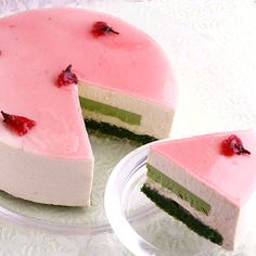 sakura and matcha mousse cake