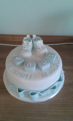 Baptism cake boy More Source by Baptism Party, Baby Party, Baptism Cakes, Gender Reveal Food, Cakes For Boys, Fancy Cakes, Fondant Cakes, Gum Paste, Baby Shower Cakes