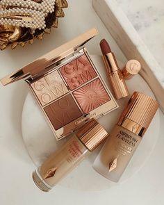 Makeup Kit, Skin Makeup, Makeup Inspo, Makeup Shop, Beauty Care, Beauty Skin, Beauty Makeup, Beige Aesthetic, Aesthetic Makeup