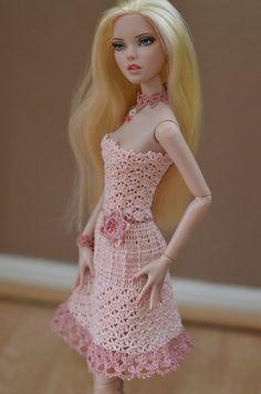 "Crocheted sundress and accessories for 16"" Deja Vu and Antoinette Tonner Dolls…"