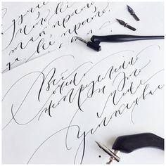 68 отметок «Нравится», 1 комментариев — U_0026 (@u_pages) в Instagram: «Каллиграфия тонким пером @uliashinobi #u_p #u0026 #calligraphy #moderncalligraphy #lettering…»