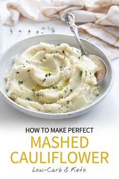 Nov 2019 - Mashed cauliflower is a healthy side dish that takes about 20 minutes to prepare. Perfect for special diets, this recipe is low-carb & keto friendly. Vegan Mashed Cauliflower, Cauliflower Dishes, Cheesy Mashed Potatoes, Roasted Potatoes, Healthy Side Dishes, Healthy Sides, Tasty Fried Rice, Vegan Gravy, Healthy Recipes