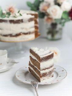 Cake styling by Annin Uunissa Delicious Cake Recipes, Yummy Cakes, Yummy Food, Cake Fillings, Funfetti Cake, Easy Baking Recipes, Fashion Cakes, Frosting Recipes, No Bake Cake
