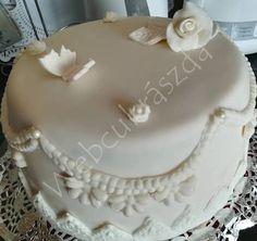 Málnás-mascarponés torta zabpehelyliszttel Birthday Cake, Desserts, Food, Tailgate Desserts, Deserts, Birthday Cakes, Essen, Postres, Meals