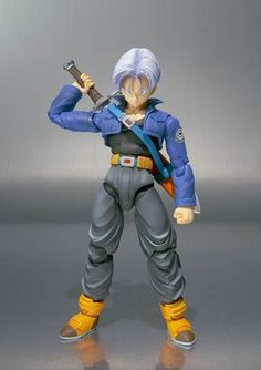 Dragon Ball Z: Trunks SHFiguarts [Action Figure] pela Bandai