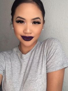 Makeup Inspiration: Light Smokey Eye and Purple Lipstick Makeup On Fleek, Flawless Makeup, Gorgeous Makeup, Pretty Makeup, Love Makeup, Makeup Inspo, Makeup Inspiration, Story Inspiration, Character Inspiration