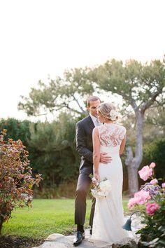 Floral by Julianne deSilva Design | La Venta Inn Wedding Palos Verdes, CA | © The Why We Love