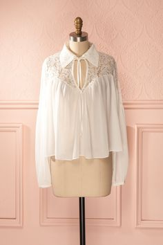 Belgin - White veil and lace loose collared blouse Dance Outfits, Dance Dresses, Wedding Dress With Veil, Online Fashion Boutique, Beautiful Blouses, Classy Outfits, Pretty Dresses, Blouse Designs, Blouses For Women