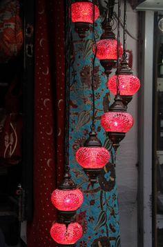 50 shades of design: Turkish Lamps. Romantic Bedroom Lighting, Romantic Room Decoration, Romantic Bedrooms, Trendy Bedroom, Turkish Lamps, Turkish Decor, Romantic Candles, Bedroom Red, Bedroom Colors