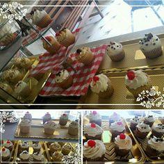 Cupcakes de frutos rojos , piña, choco oreo