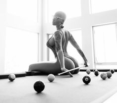 The naked 8-ball photo