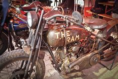 "Top Hatter: Rat Bike Harley Davidson ""The Ram"""
