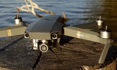 """In the highly competitive segment of video drones, the DJI leader did not want to be left behind by the GoPro, Ehang, Parrot or Yuneec new releases. The actor who popularized the drone """"assisted"""" unveiled at the end of September his Mavic Pro, a 4K drone and foldable not far from realizing the no-fault, on paper.  Visit: https://www.amateursdedrones.fr"""