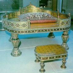Topkapı Saray Hazineleri Topkapı Sarayı'ndaki Zümrütler Mücevherler Sorguçlar