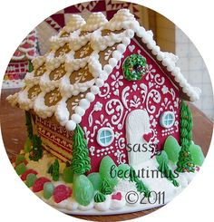 Sweet Christmas Inspiration Served by 50 Jaw Dropping DIY Gingerbread Homes Cool Gingerbread Houses, Gingerbread House Designs, Gingerbread House Parties, Gingerbread Village, Christmas Gingerbread House, Noel Christmas, Christmas Treats, Christmas Baking, Christmas Cookies