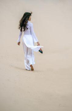 Dune walking, Phu Yen, Vietnam